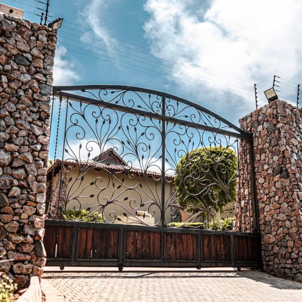 Driveway Gate DG01 by The Wooden Blacksmith